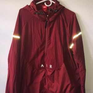 Men Nike wind breaker by hpich